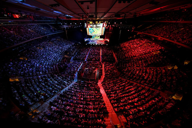 eSport+League+of+Legends+fills+arena+in+Stockholm+to+watch+a+playoff+final.