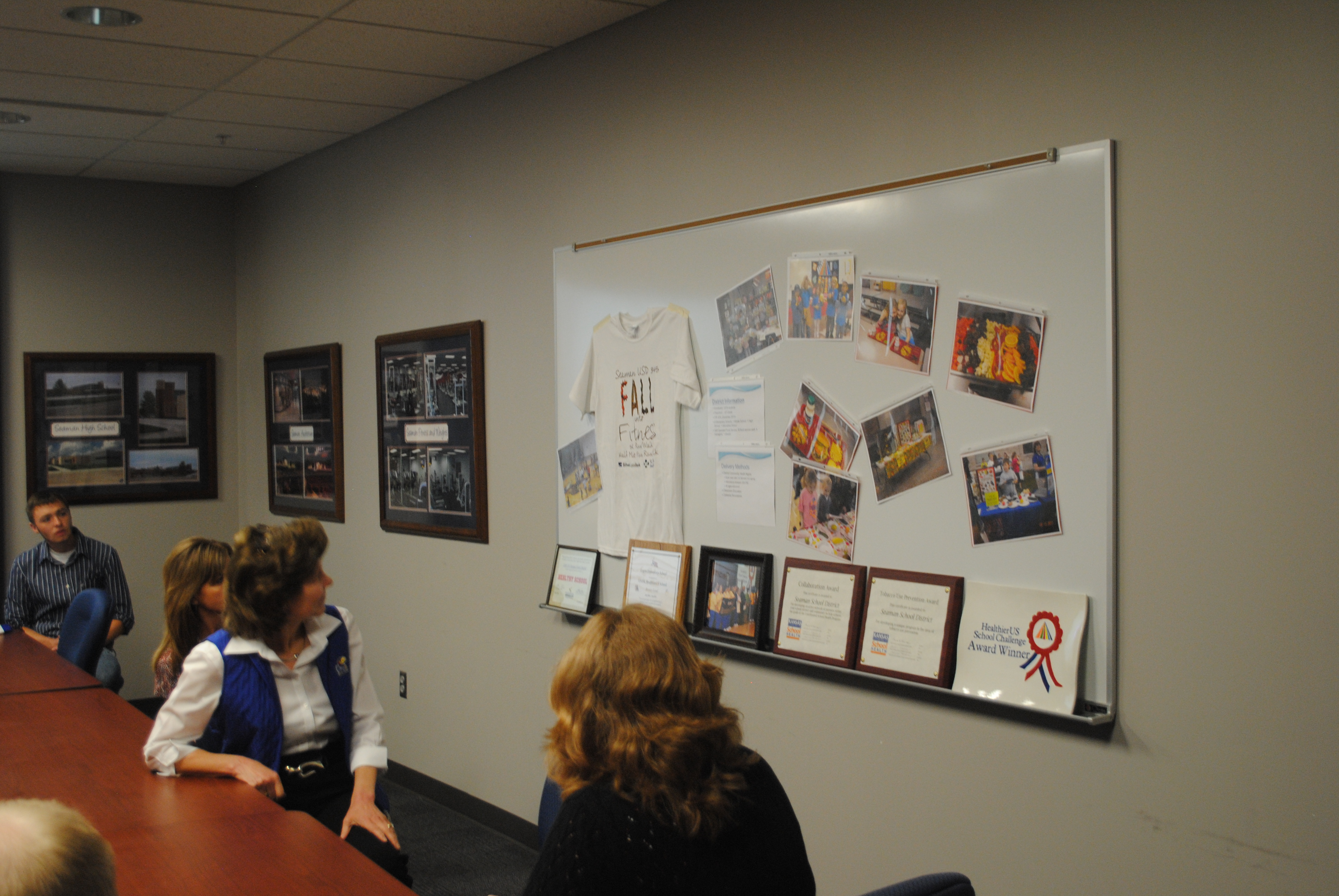 Congresswoman visits Seaman to discuss health program. (Photo by Dalton Hiegert)
