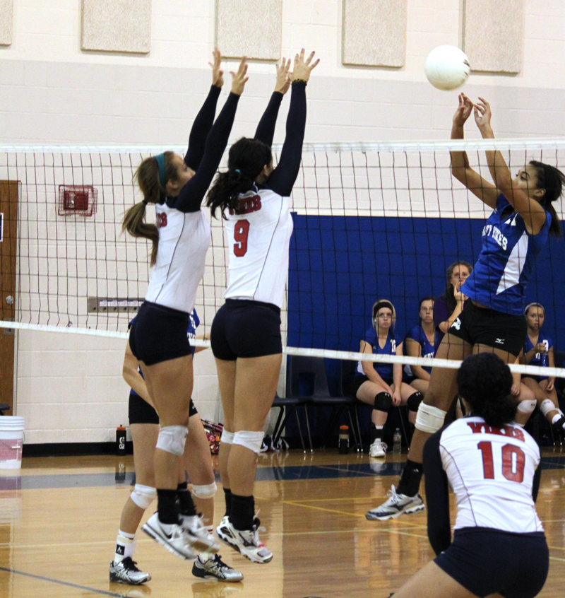 Volleyball off to rough start
