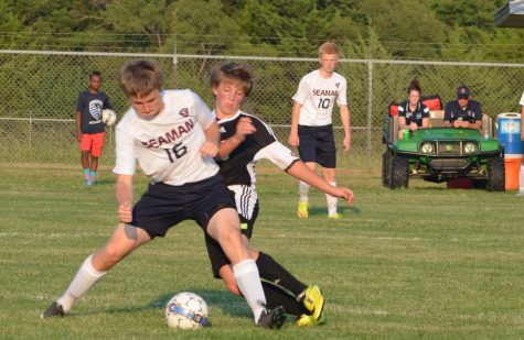 Boys' soccer advances to State Quarterfinals