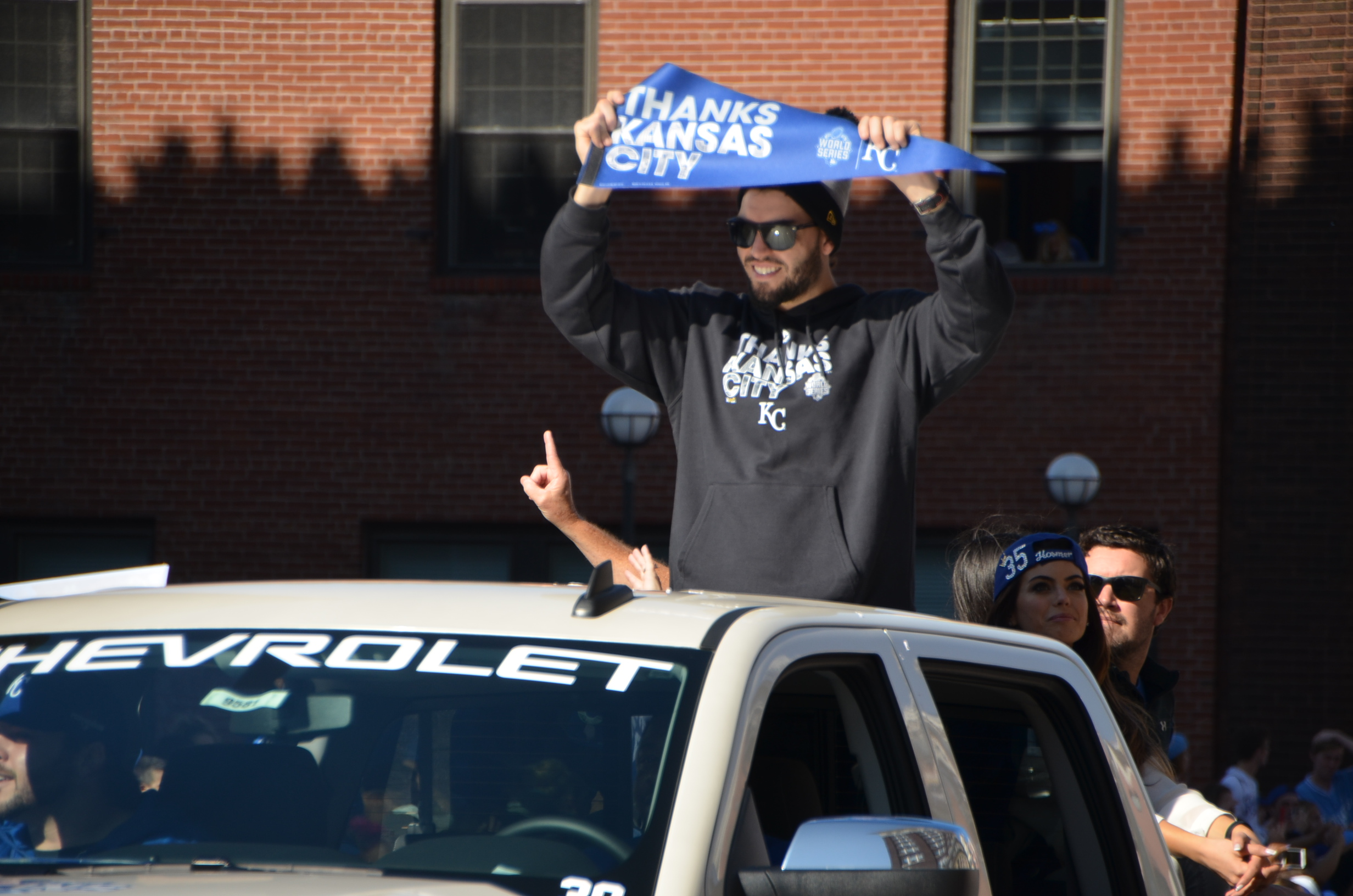 Kansas City Royals win World Series: #takethecrown