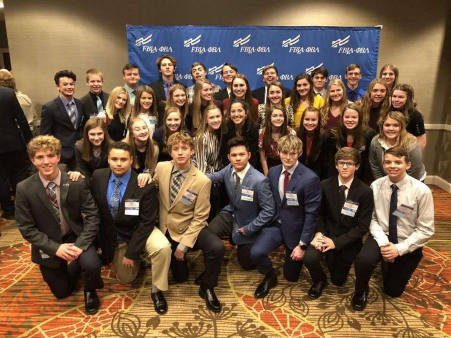 Seaman+FBLA+members+pose+for+a+group+picture+at+the+FBLA+National+Convention.++36+students+travelled+to+Denver+to+attend+the+conference.