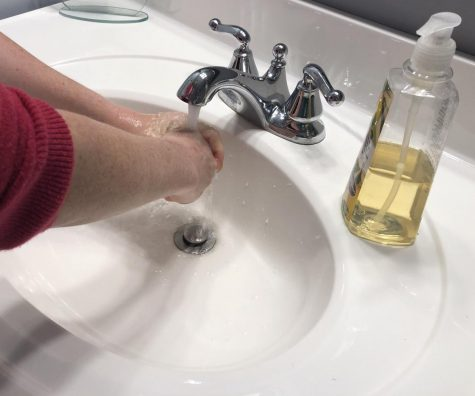 Washing hands with soap and warm water for 20 seconds is an effective way to prevent coronavirus.